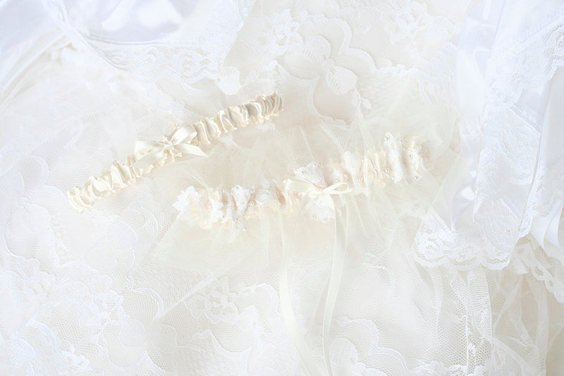 pearl  wedding garter made from mothers wedding dress