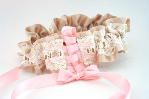 custom-wedding-garter-The-Garter-Girl-0