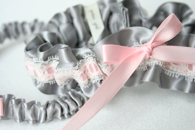 custom-wedding-garter-The-Garter-Girl-5