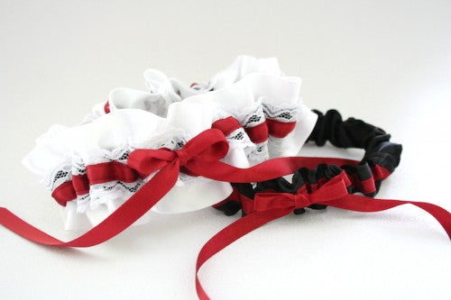 custom-wedding-garter-The-Garter-Girl18