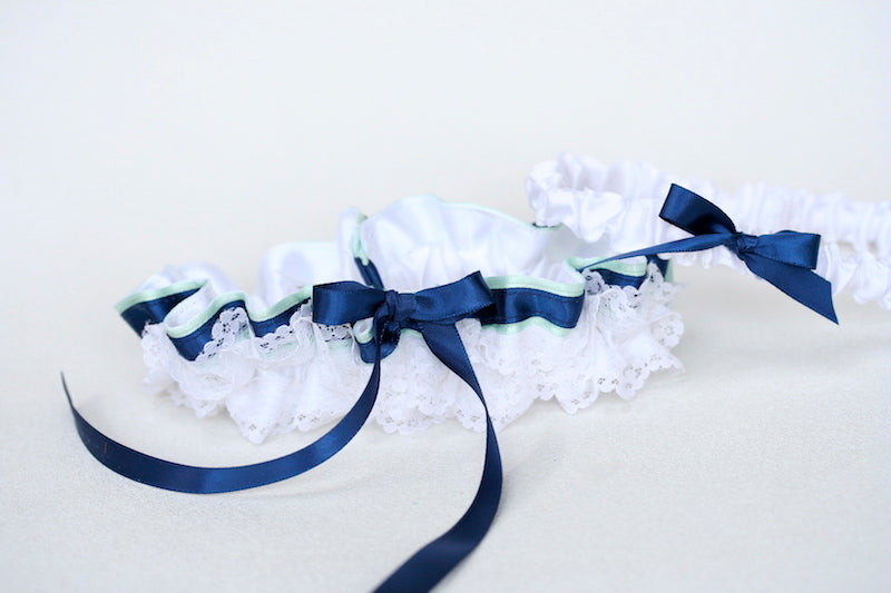 custom-wedding-garter-The-Garter-Girl9