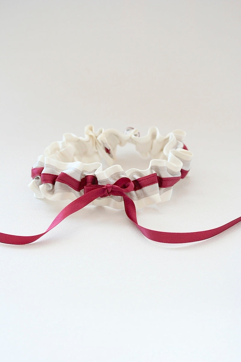 dark-berry-wedding-garter-The-Garter-Girl