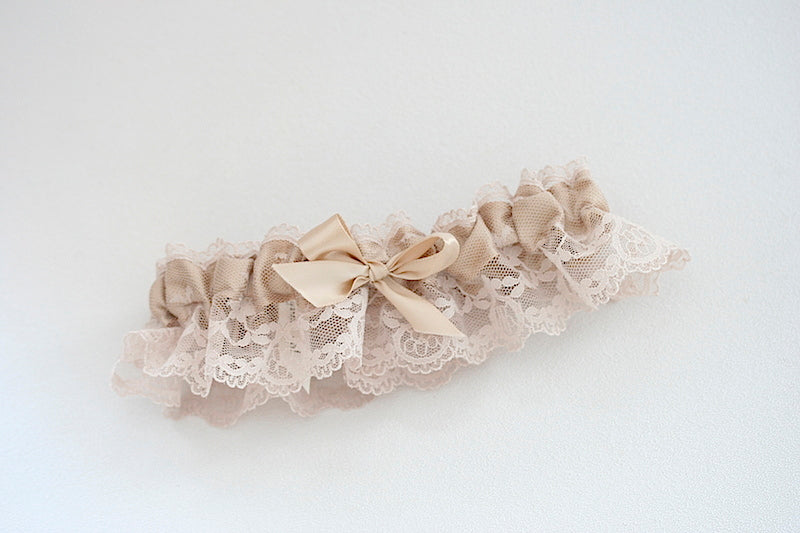 elegant-wedding-garter-The-Garter-Girl