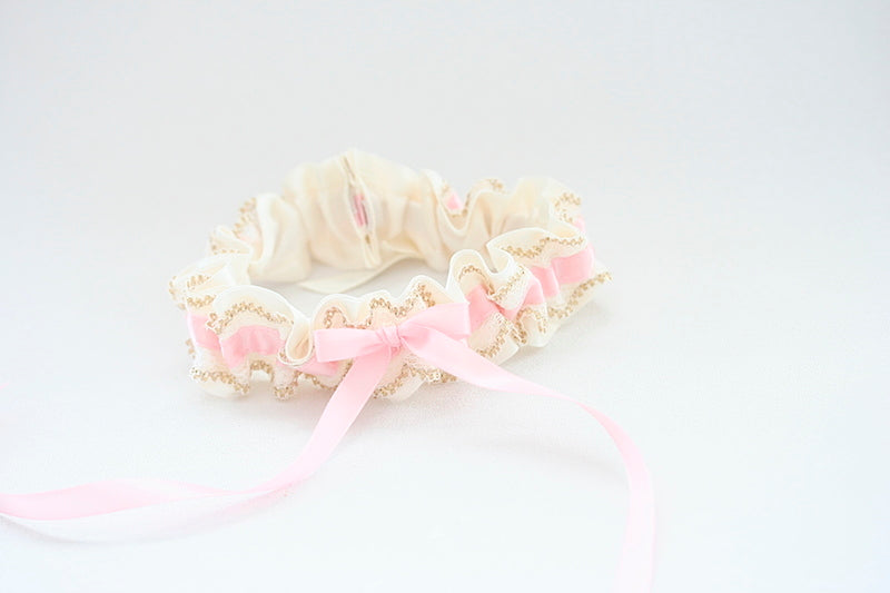 feminine-blush-gold-wedding-garter-The-Garter-Girl-5