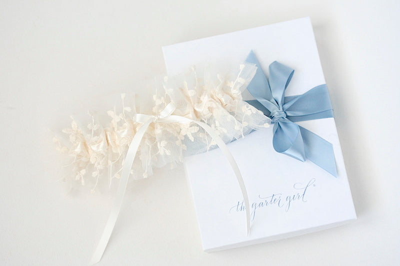ivory floral tulle wedding garter with gift box