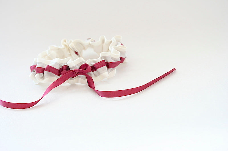 grey-berry-wedding-garter-The-Garter-Girl