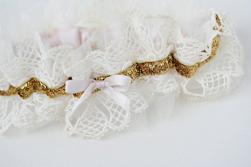 heirloom-lace-wedding-garter-the-garter-girl-2