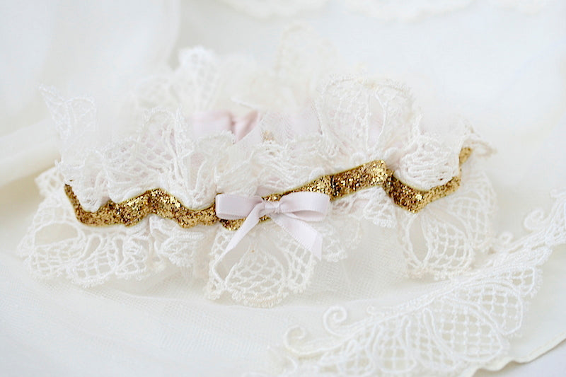 heirloom-lace-wedding-garter-The-Garter-Girl