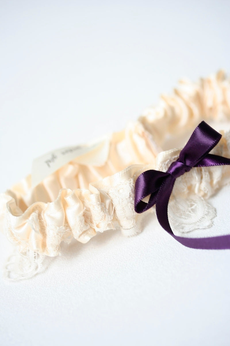 heirloom-lace-wedding-garter-the-garter-girl06