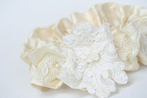 heirloom-wedding-garter-The-Garter-Girl-5