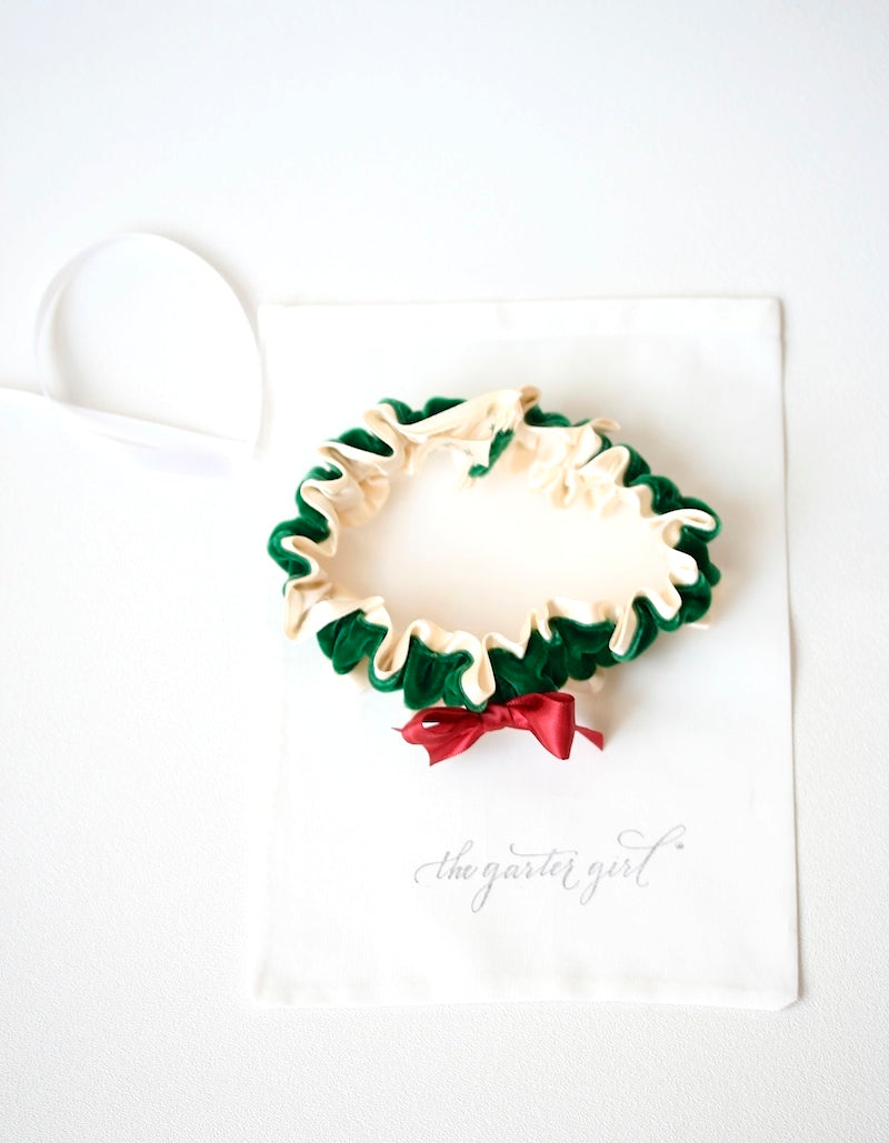 holiday-wreath-wedding-garter-the-garter-girl