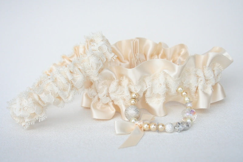 ivory-lace-couture-wedding-garter-The-Garter-Girl