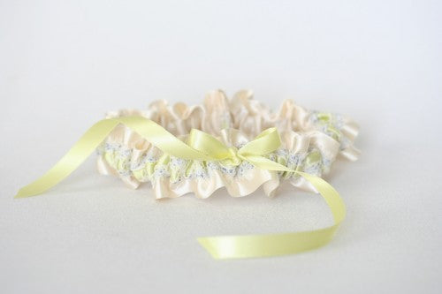 ivory-lace-yellow-lavender-bridal-garter-The-Garter-Girl5