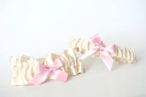 ivory-light-pink-bridal-garter-The-Garter-Girl4