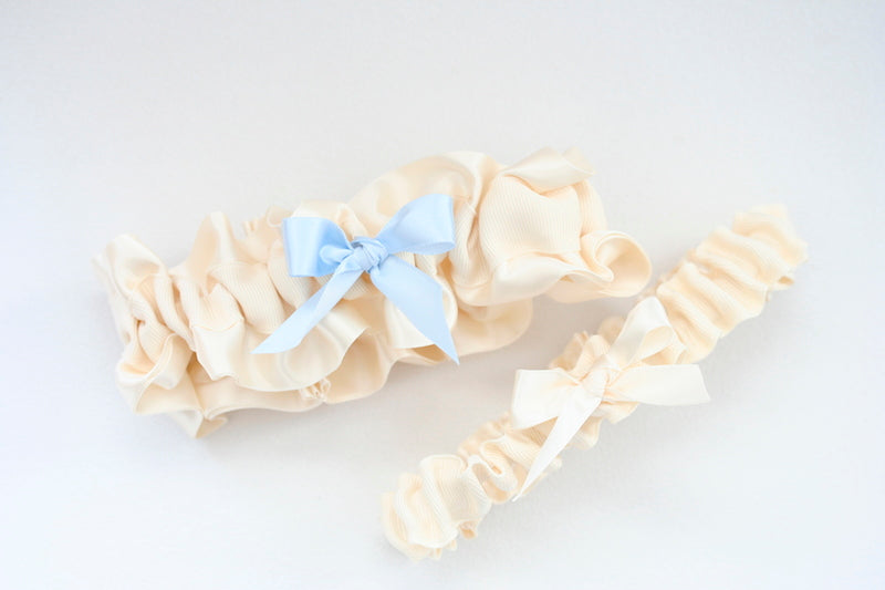 ivory-wedding-garter-set-The-Garter-Girl