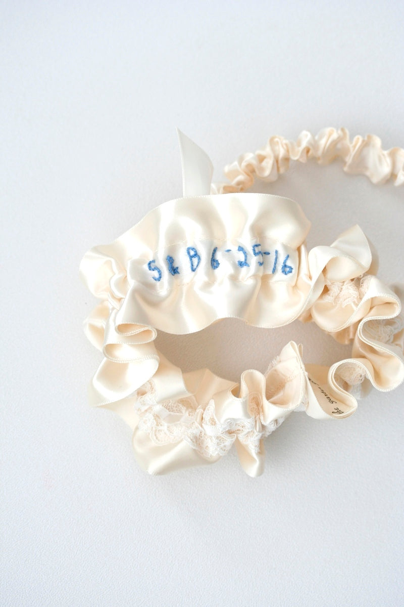 lace-bridal-garter-The-Garter-Girl3
