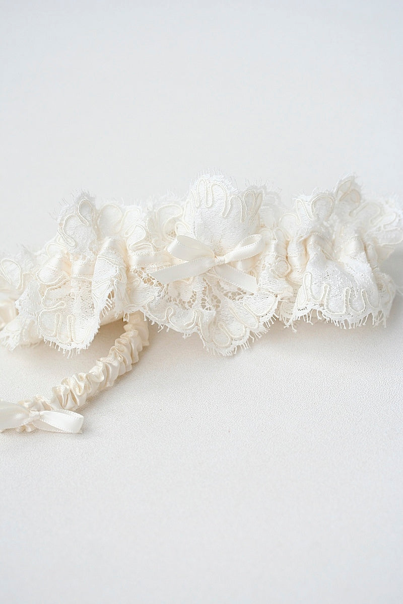 ivory lace wedding garter made from the bride's mother's wedding dress