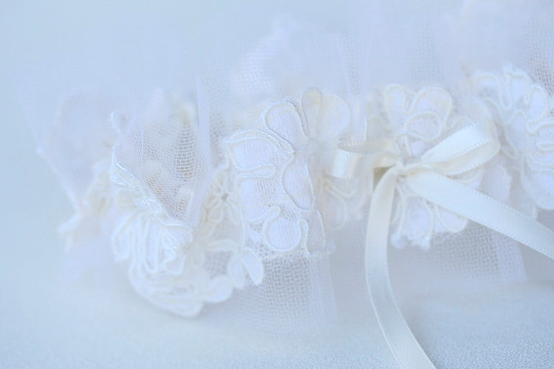 lace wedding garter made from bride's mother's wedding veil