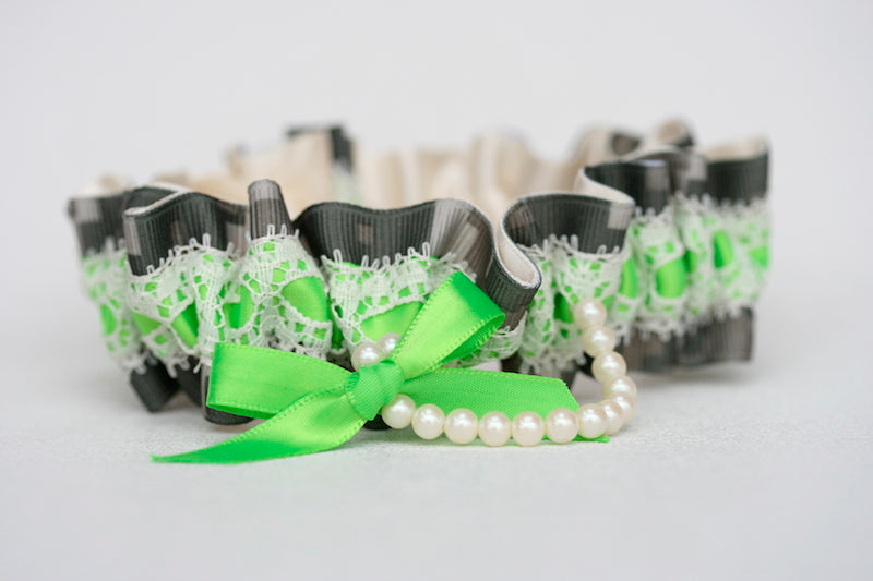 lace-pearl-camouflage-wedding-garter-The-Garter-Girl