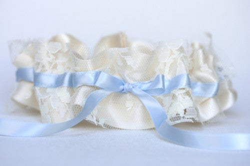 lace-wedding-garter-something-blue-The-Garter-Girl1