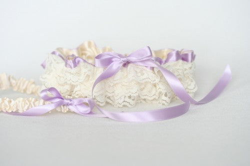 lavender-lace-bridal-garter-The-Garter-Girl