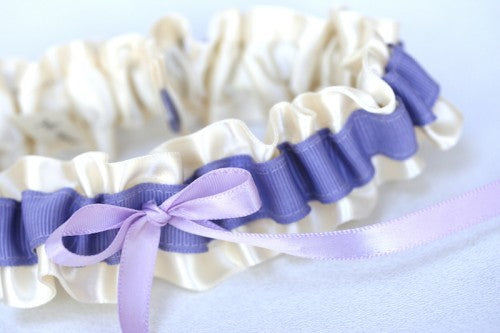 lavender-wedding-garter-The-Garter-Girl
