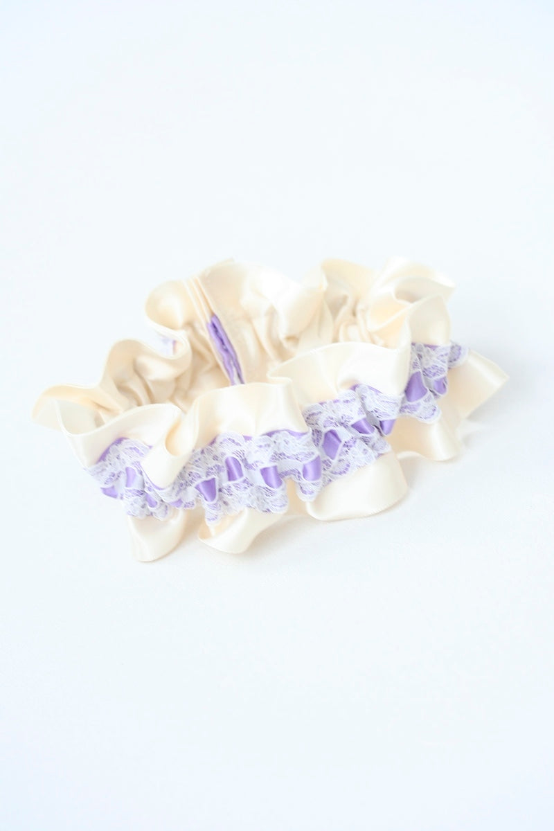 light-purple-custom-wedding-garter-the-garter-girl