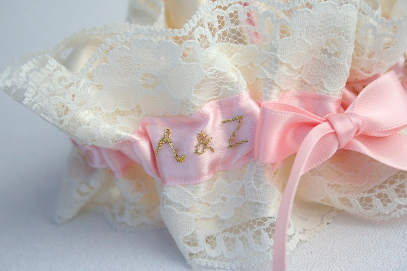 metallic-ivory-wedding-garter-The-Garter-Girl