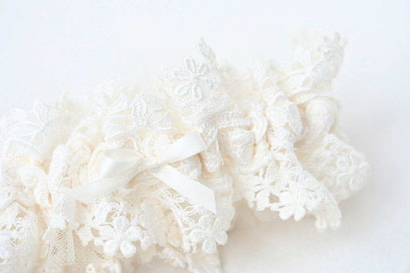 custom lace wedding garter set made from mother's wedding dress