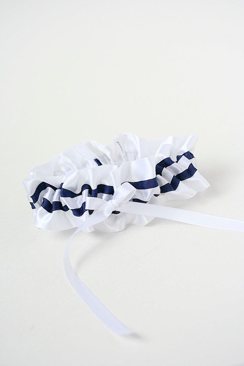 navy-nautical-wedding-garter-The-Garter-Girl