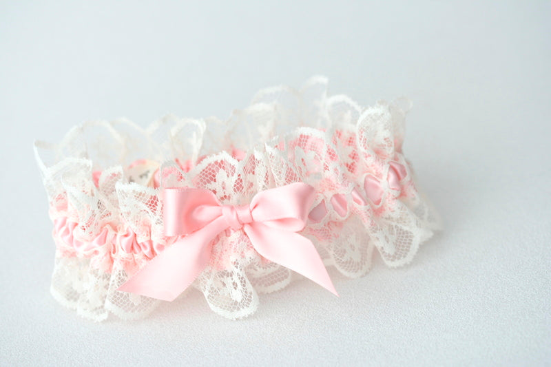 pink-wedding-garter-The-Garter-Girl