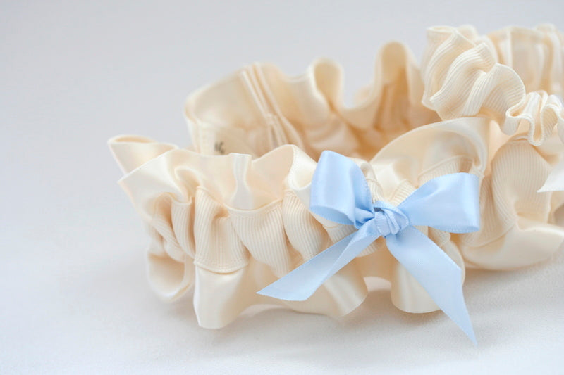 pretty-wedding-garter-set-The-Garter-Girl