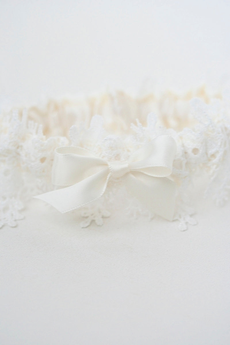 shimmer-lace-wedding-garter-The-Garter-Girl