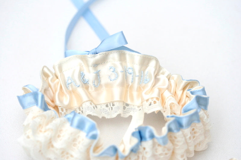 something-blue-bridal-garter-The-Garter-Girl1