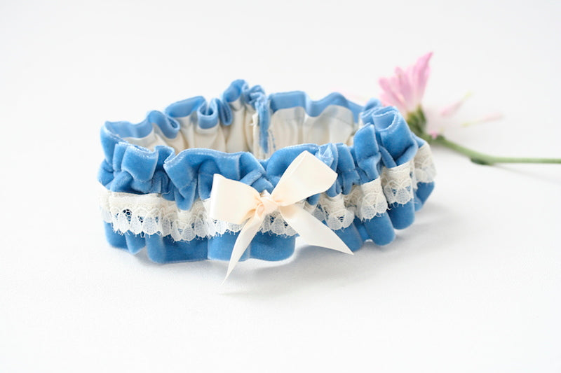 something-blue-velvet-wedding-garter-The-Garter-Girl5