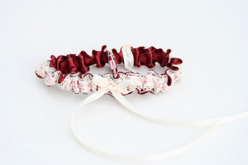 sophisticated-bridal-garter-The-Garter-Girl