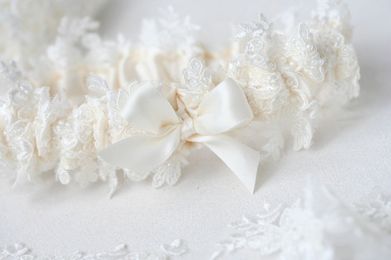 sparkle-lace-wedding-garter-The-Garter-Girl