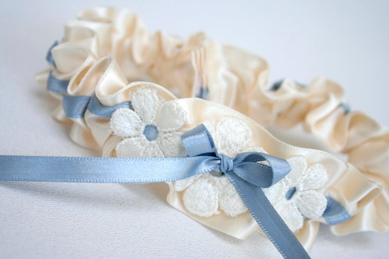 wedding-dress-custom-wedding-garter-The-Garter-Girl-14
