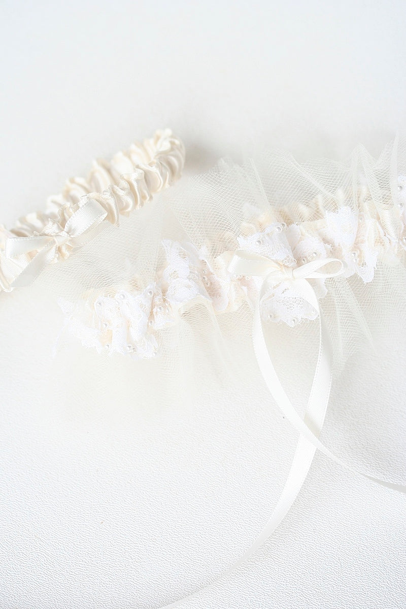 wedding garter set made from mothers wedding dress