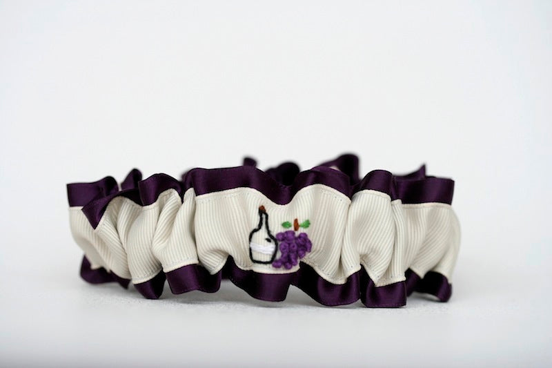 wine-themed-wedding-garter-The-Garter-Girl