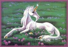 Unicorn Green Fields - Diamond Painting Kit