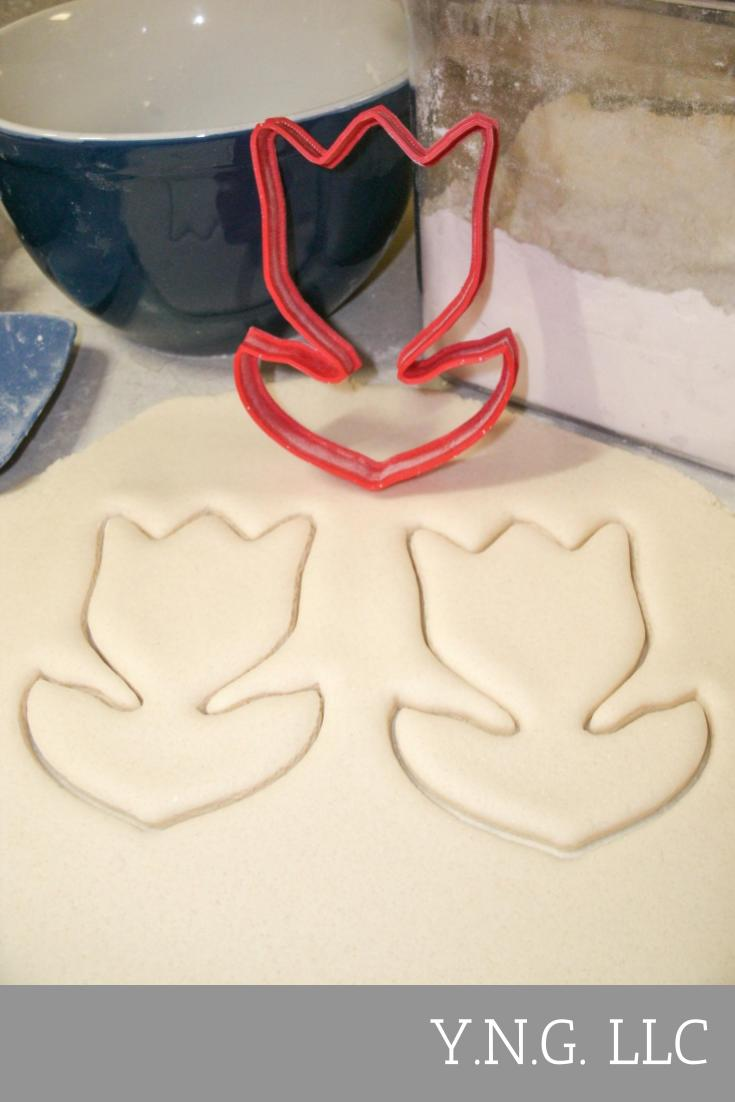 Tulip Flower Spring Garden Mothers Day Special Occasion Cookie Cutter Baking Tool Made In USA PR257