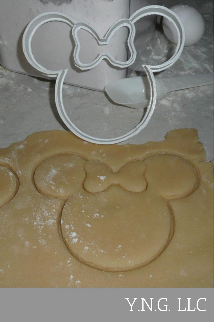 Minnie Mouse Head With Bow Disney Character Special Occasion Cookie Cutter Baking Tool Made In USA PR308