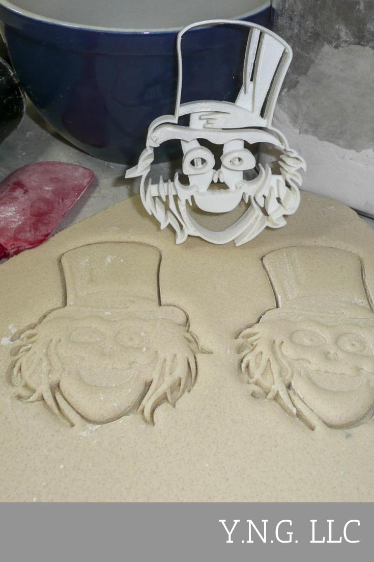 Hatbox Ghost From The Haunted Mansion Fantasy Mystery Movie Special Occasion Cookie Cutter Baking Tool 3D Printed Made In USA PR958