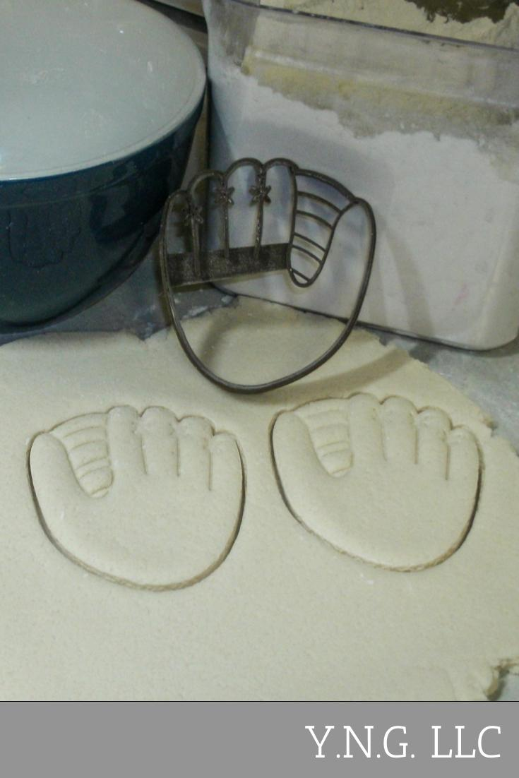 Baseball Mitt Glove Bat Cap Hat Ball Little League MLB Team Sports Athletics Set Of 4 Special Occasion Cookie Cutter Baking Tool Made In USA PR1164