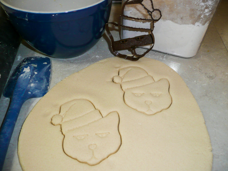 Santa Cat Kitty Wearing Hat Christmas Pet Holiday Season Special Occasion Cookie Cutter Baking Tool Made In USA PR938