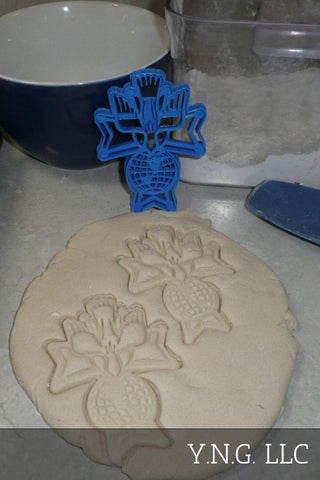 "Hydrangea Flower Special Occasion Fondant Stamp Cutter or Cupcake Topper Size 1.75"" Made in USA FD298"