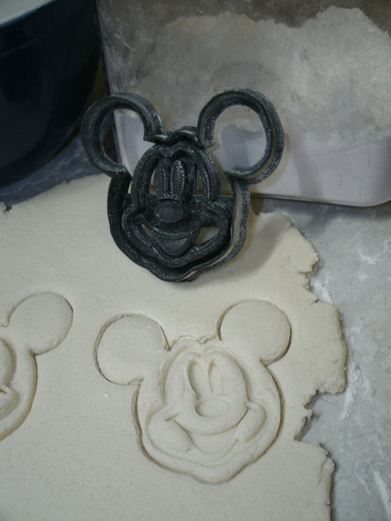 Mickey Mouse Face With Details Disney Cookie Cutter Baking Tool Made In USA PR758S