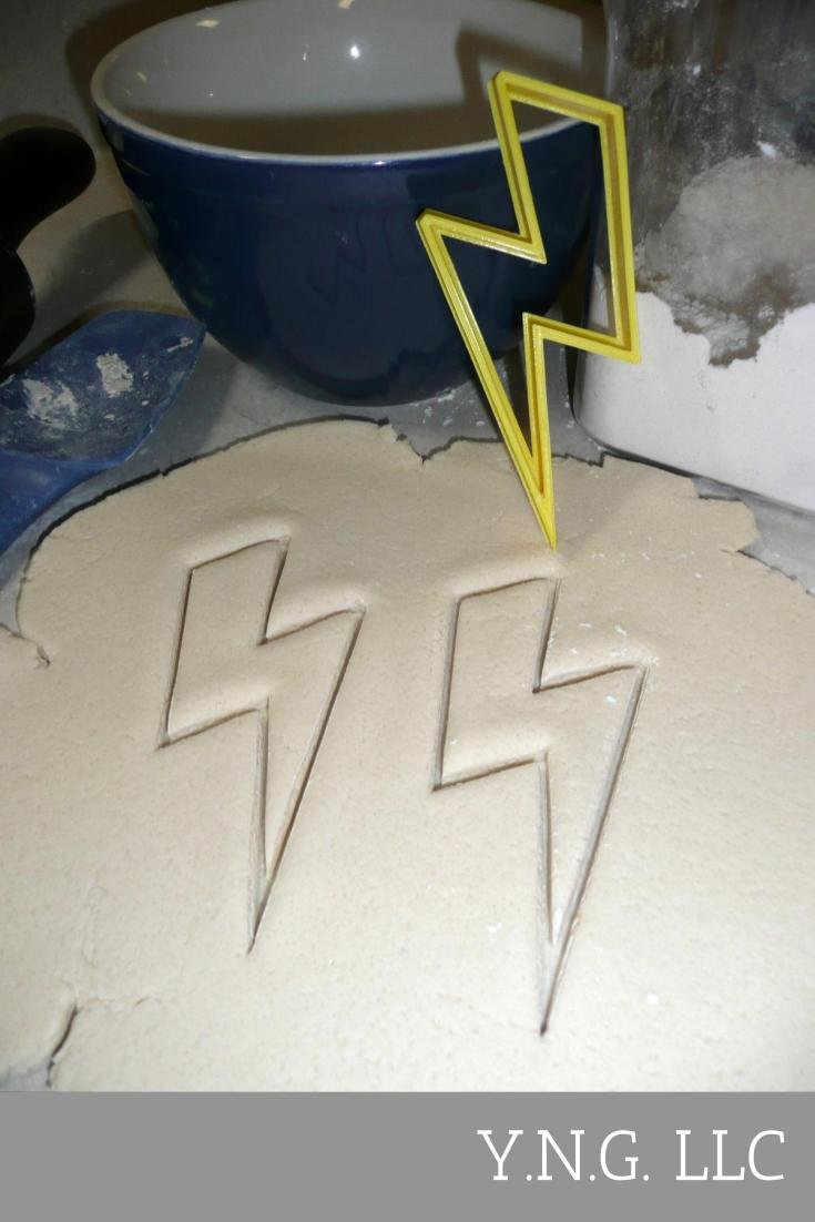 Lightning Bolt Thunder Strike Thunderbolt Superhero Cookie Cutter USA PR2424