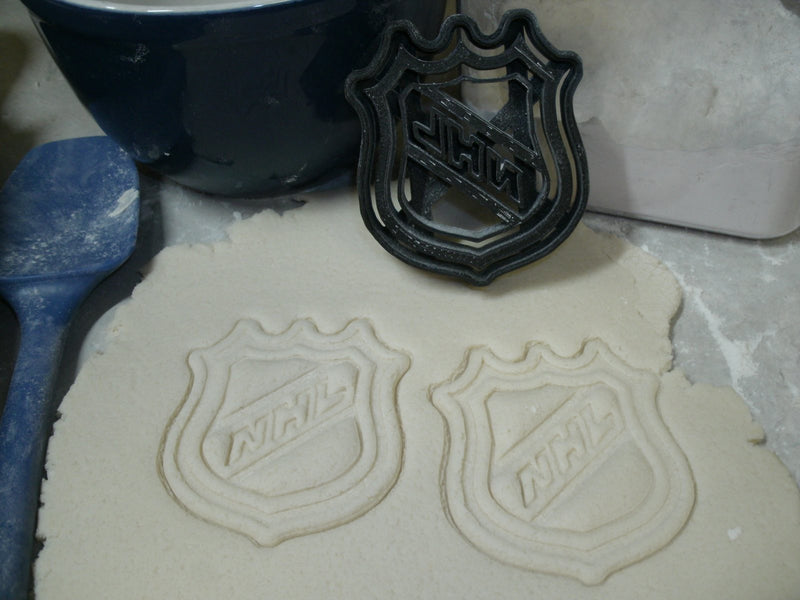Chicago Blackhawks Logos NHL National Hockey League Stanley Cup Set Of 5 Special Occasion Cookie Cutters Baking Tool Made In USA PR645